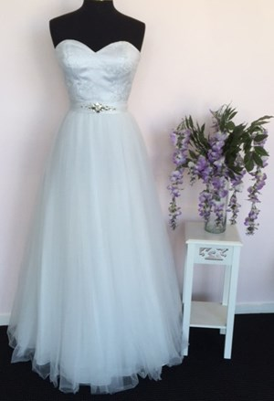 Elizabeth SALE Dress $395 - The Bridal and Deb Room